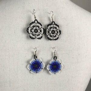 Set of 2 Huichol earrings.